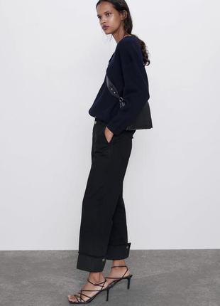 Прямые джинсы с подворотами zara