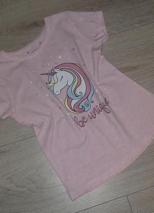 Красивая футболка для девочки