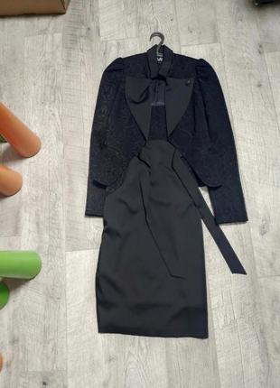 Очень красивый классический костюм платье и пиджак