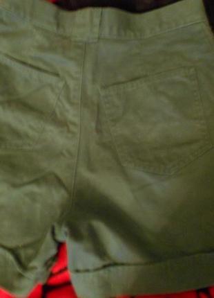 Темно-зеленые шорты next4 фото