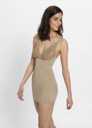 Корректирующее нюдовое нижнее платье утяжка esmara m