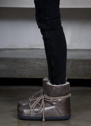 Новые ботинки inuikii оригинал луноходы moon boot золото сапоги