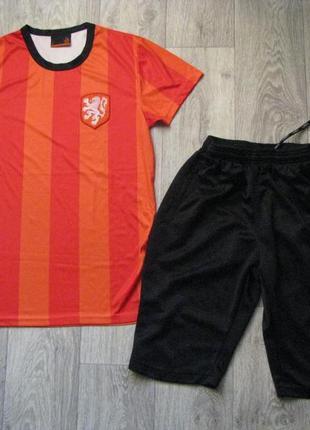 Форма спортивная s р. 44-46 футболка шорты