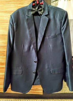 Костюм пиджак брюки бабочка 48 50