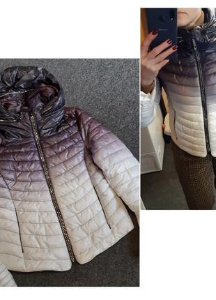 Шикарная стеганная легкая куртка с капюшоном, р. 10-12