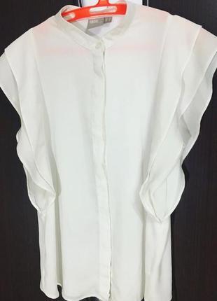Блуза с воланами, скрытые пуговицы, воротник стойка