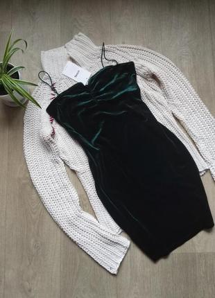 Изумрудное велюровое платье мини