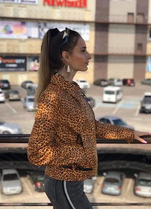 Косуха женская кожанка леопард