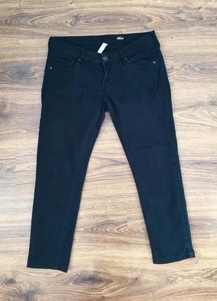 Чёрные джинсы mango