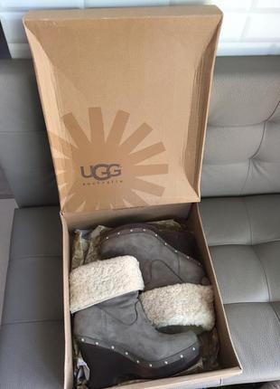 Ботинки сапоги с овчиной ugg carnagie