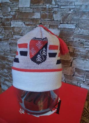 Германия,новая!шикарнейшая,нежная,спортивная шапка,шапочка,шапка,с балабончиком