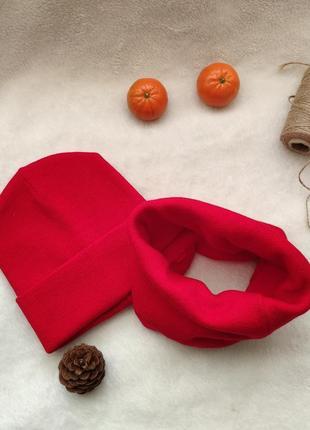Красная шапка и шарф снуд набор