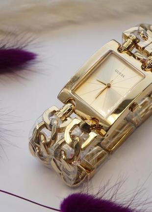 В наличии женские наручные часы guess / часы гесс
