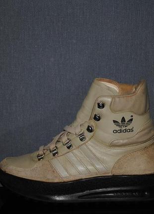 Ботинки adidas 39 р