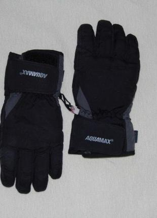 Горнолыжные перчатки etirel aquamax 6 раз.