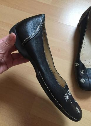 Кожаные туфли мокасины clark's