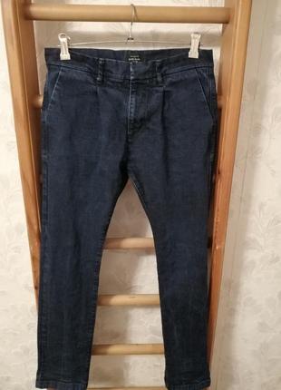 Стильные джинсы бананки