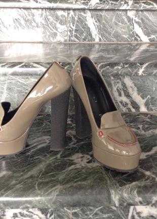 Супер модные удобные туфли итальянского брэнда vicini