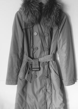 Пальто демисезон savage, 44 / s, отстебной воротник енот.