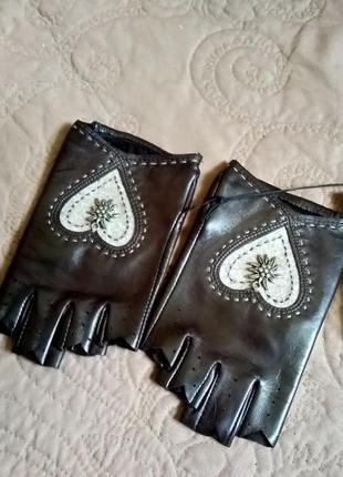 Новые митенки из тонкой кожи roeckl, германия размер 6 (xxs-xs) укороченные перчатки