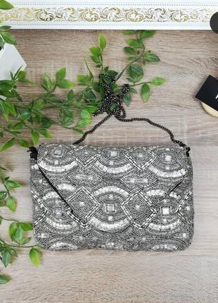 Европа🇪🇺 atmosphere. красивая нарядная сумочка украшена бисером