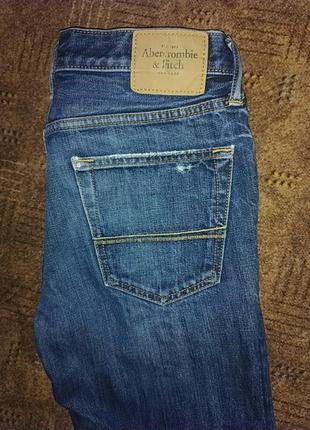 Классные джинсы a&f