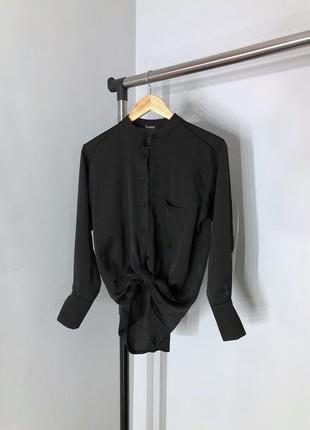 Базовая чёрная блуза в бельевом стиле