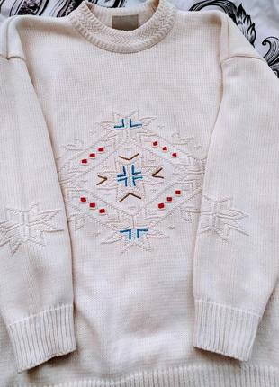 Вязанная кофта свитер со снежинками зимняя тематика