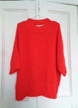 Ярко красный свитер zara со спущенным рукавом