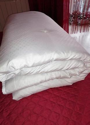 Одеяло, 80% шерсть, стёганное бусинами