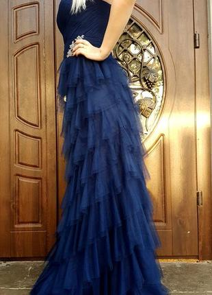 Вечернее выпускное синее платье слоями длинное в пол