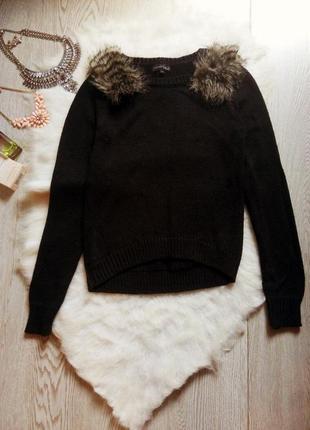 Черный вязаный свитер кроп длинный рукав с мехом на плечах кофта кофточка джемпер