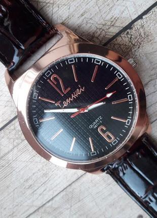 Sale.классические мужские часы в розовом золоте, нюанс.