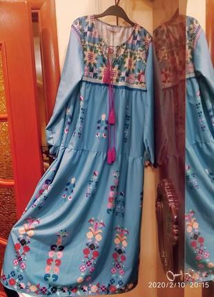 Красивое и стильное платье в стиле бохо
