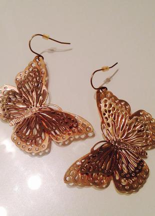 Потрясающие серьги h&m бабочки металл под золото