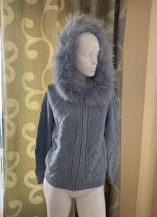Прогулочный костюм кашемир шерсть ангора з натуральным мехом на капюшоне