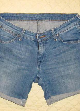 Джинсовые шорты wrangler