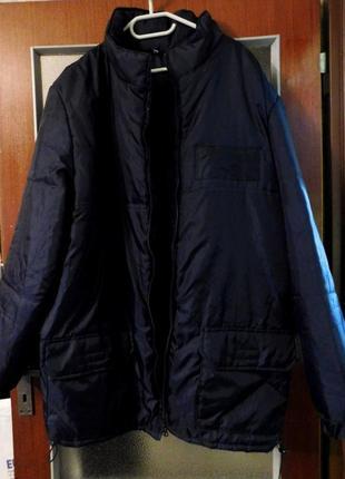 Курточка утеплённая, с капюшоном, очень лёгкая