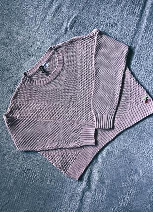 Базовый пудровый свитер на весну h&m
