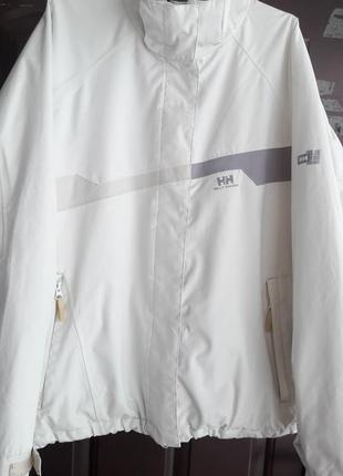 Фирменная спортивная курточка