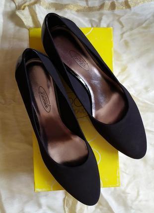Элегантные текстильные туфли circa jack&david сша размер 39