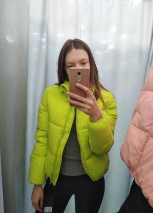 Модная дутая куртка пуховик демисезон