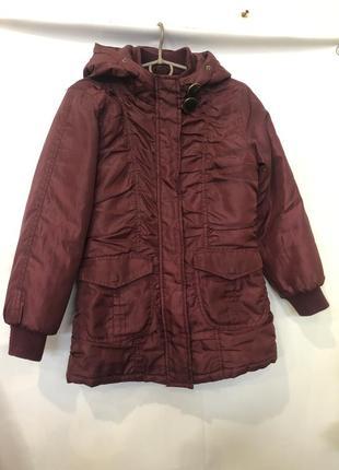 Удлиненная куртка/пальто на девочку 8-9 лет