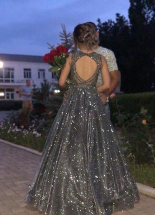 Невероятной красоты платье3 фото
