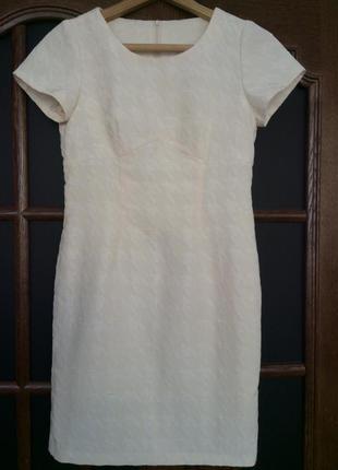 Платье-футляр нарядное, деловое, офисное