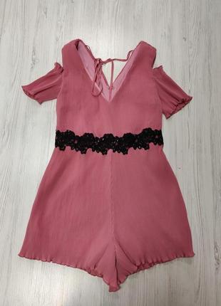 Распродажа до 31 марта!!! темно розовый ромпер с кружевом бисером паетками