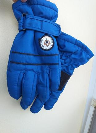 Термо перчатки thinsulte на 7-10 лет в идеале