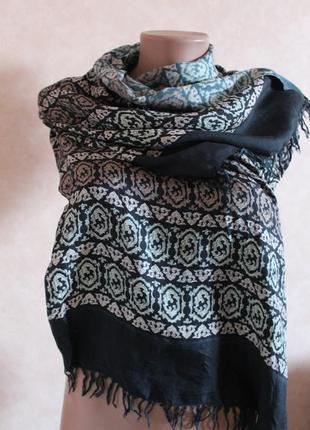 Изысканный шарф,платок. в составе есть шелк