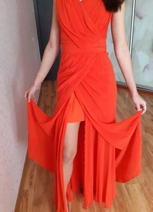 Очень красивое, нежное, шикарное платье из натурального шёлка для выпускного вечера