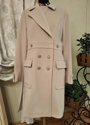 Пальто светло-бежевое двубортное albanto 50р